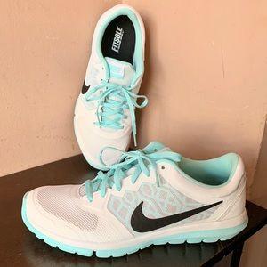 New Nike Flex RN Sneakers Size 10